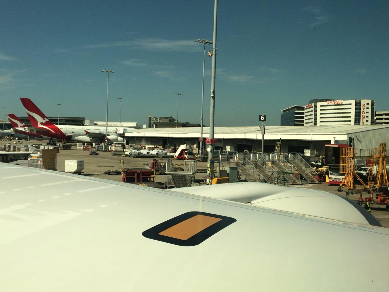 シドニー空港に到着