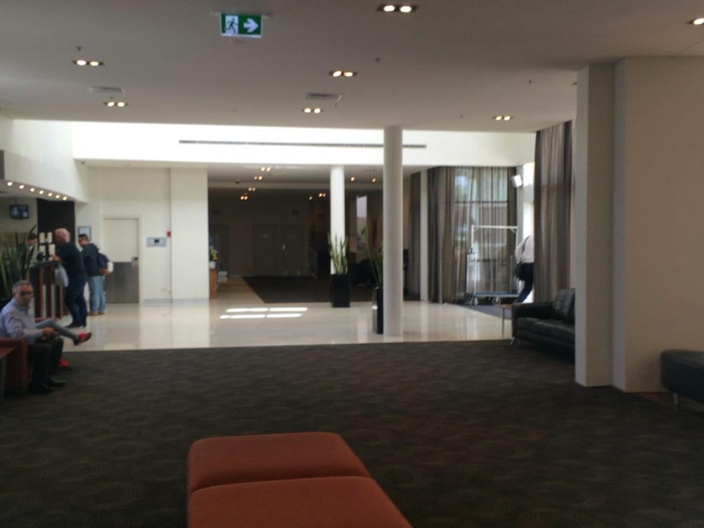 Holiday Inn Potts Point-Sydney ロビー