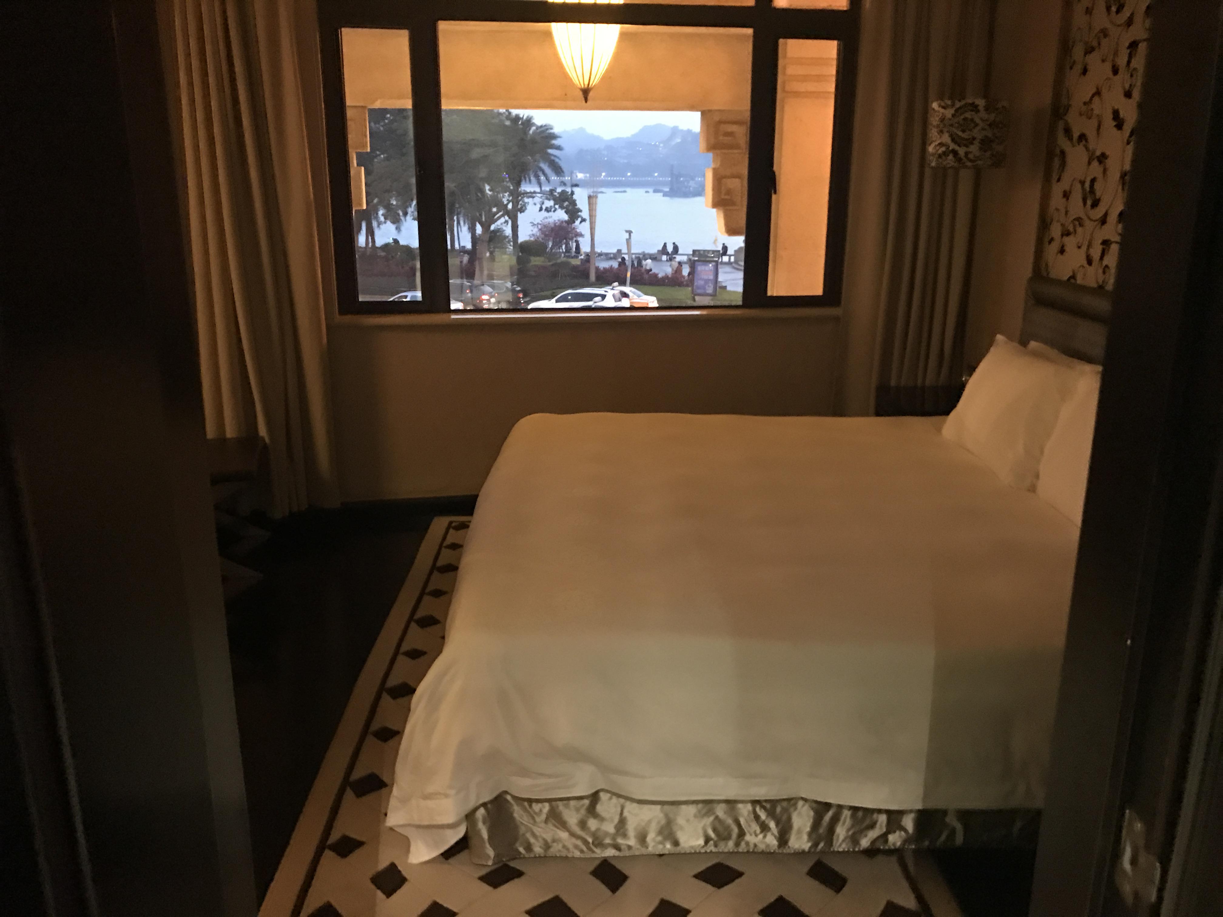 ルージァン ホテル(鷺江賓館) Lujiang Harborview Hotel