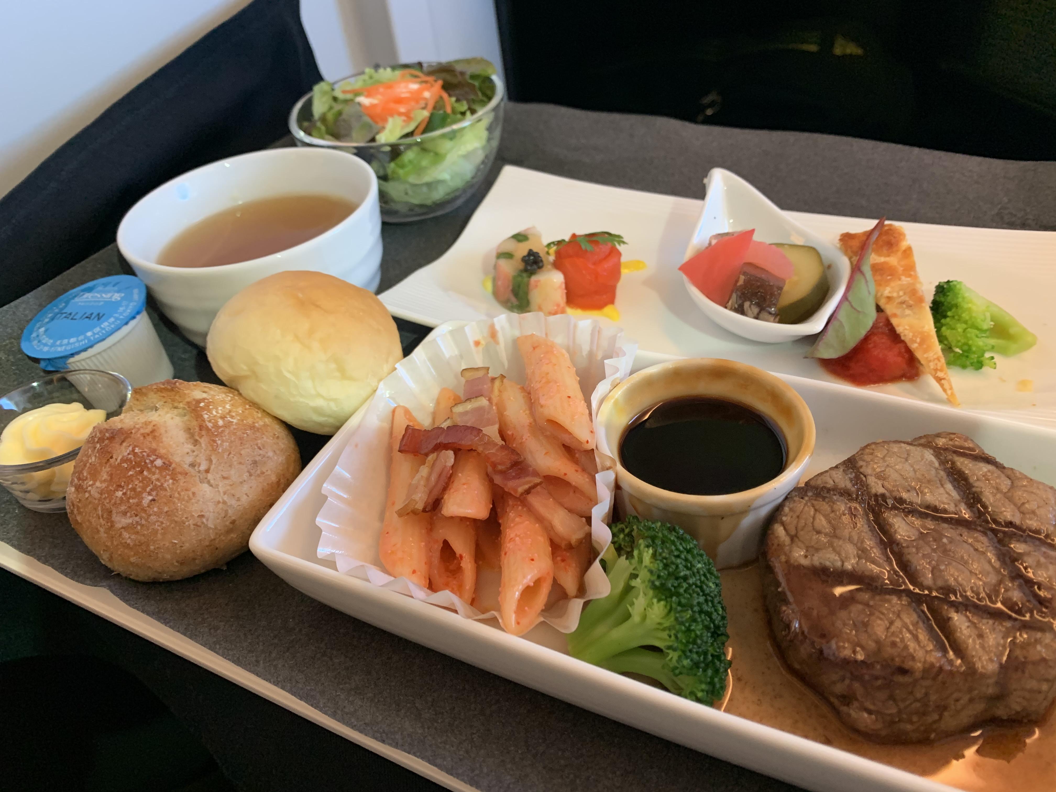JL097 羽田-台北(松山)B777ビジネスクラス 食事