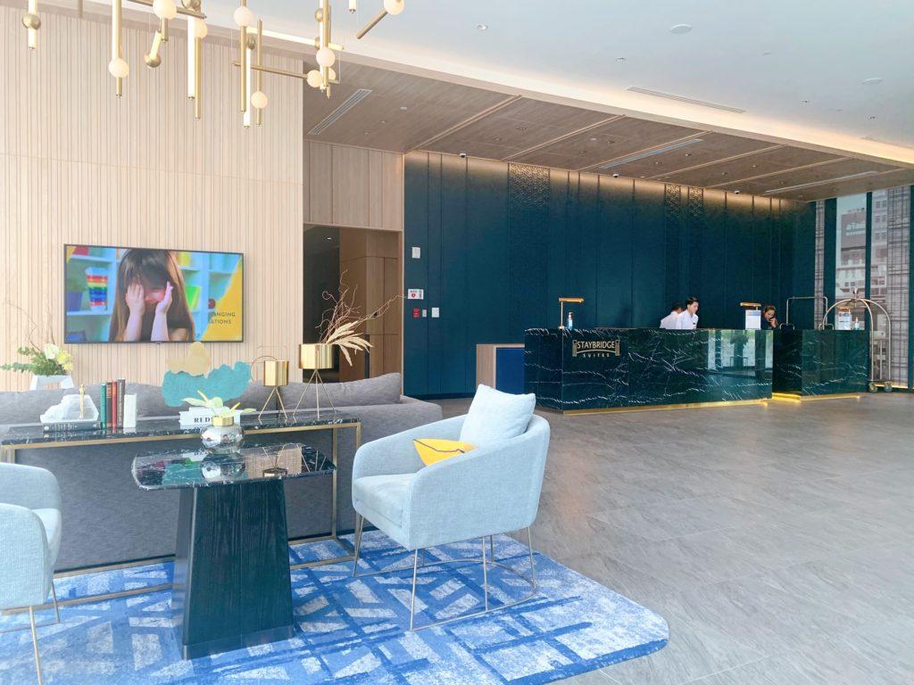 ステイブリッジ スイート バンコク トンロー(Staybridge Suites Bangkok Thonglor)ロビー