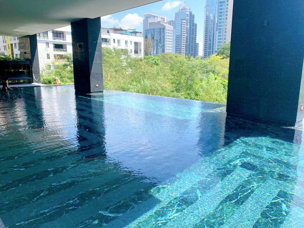 キンプトン マーライ バンコク(Kimpton Maa-Lai Bangkok)プール