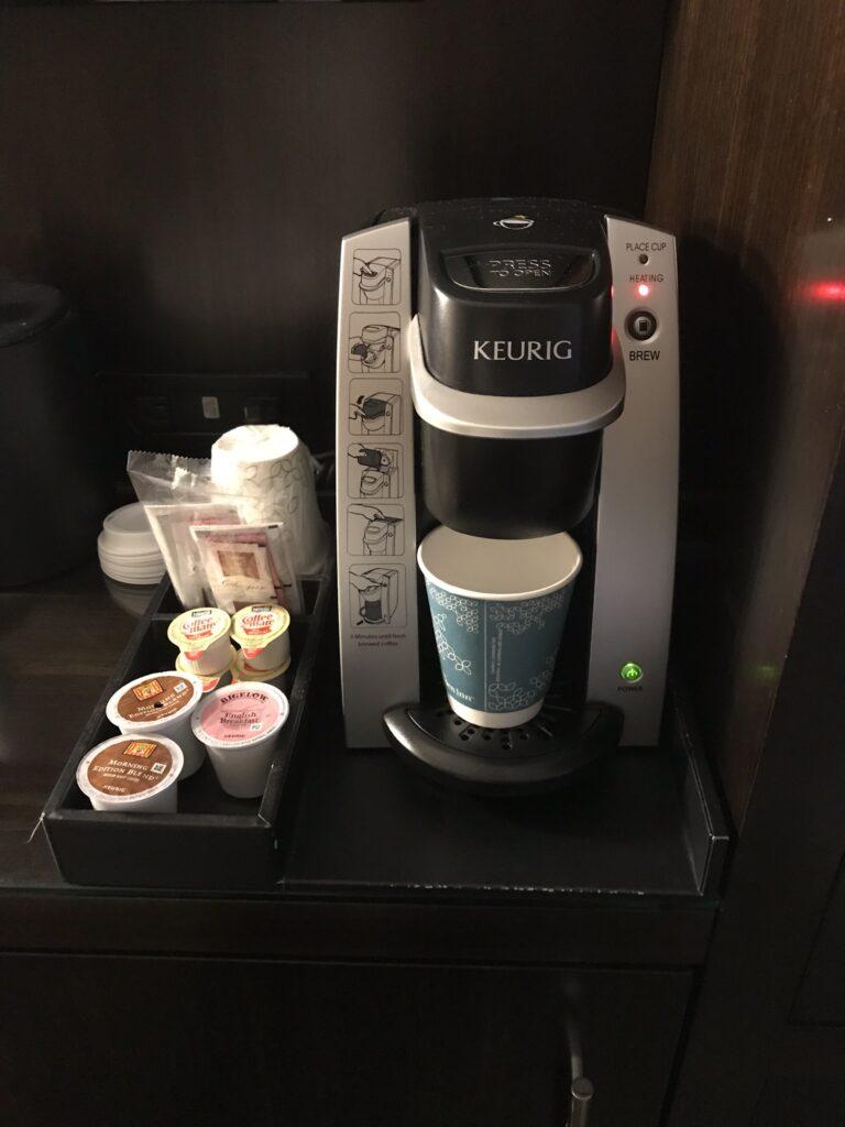ヒルトンガーデンインコーヒーメーカー